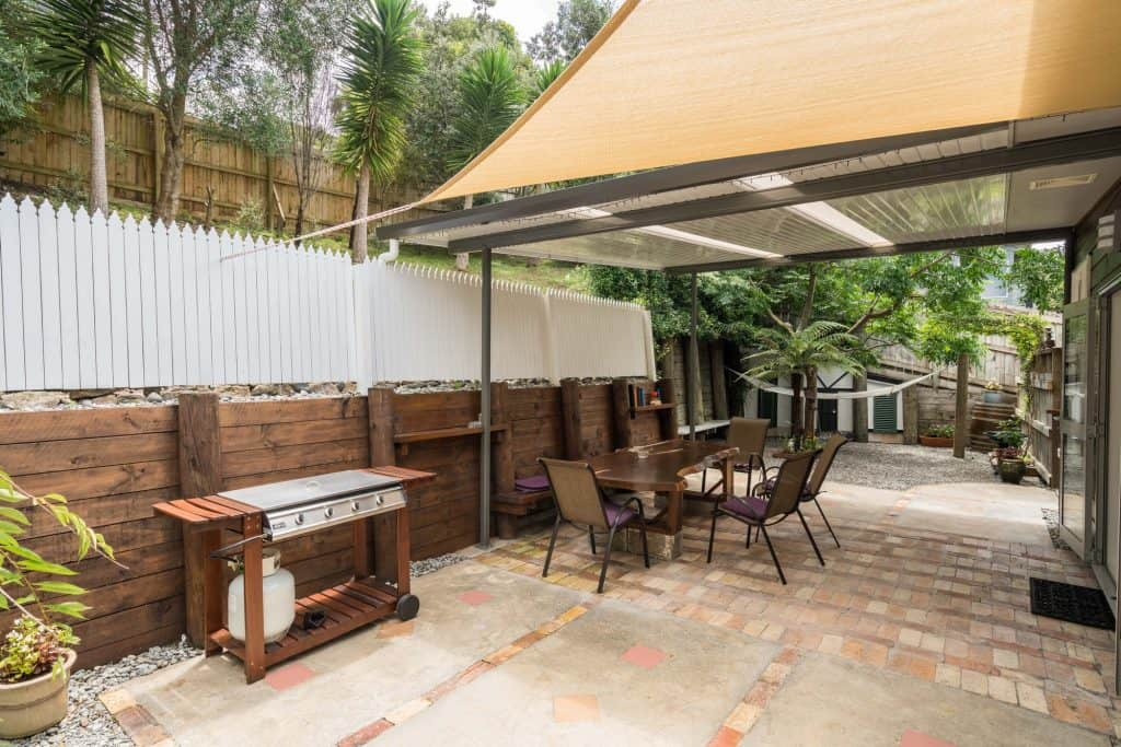 Accommodation in Whangarei Deck Patio BBQ