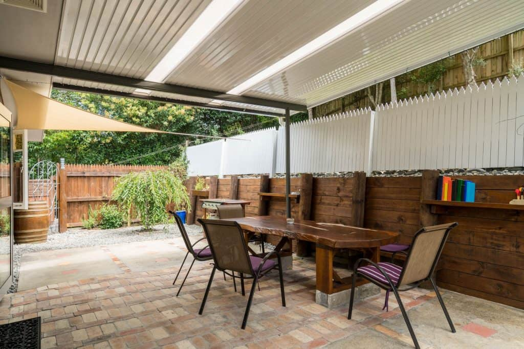 Shared Deck Backyard with your Accommodation in Whangarei